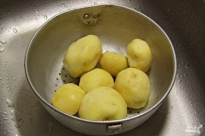 Картофель под сыром - фото шаг 1