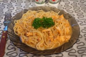 Спагетти под соусом - фото шаг 6