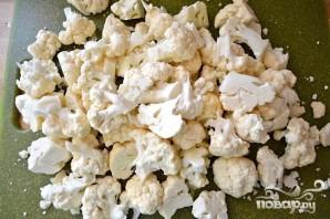 Цветная капуста с чесноком и сыром - фото шаг 1