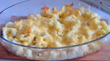 Цветная капуста, запеченная в духовке с сыром - фото шаг 7