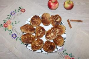 Оладьи с яблоками и корицей - фото шаг 9
