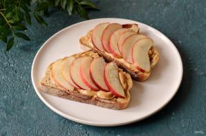 Бутерброды с арахисовой пастой - фото шаг 5