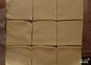 Пирожки из слоеного теста на сковороде - фото шаг 2