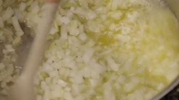 Крем-суп из брокколи с сыром - фото шаг 4