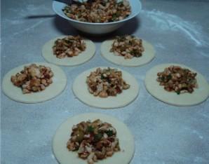 Пирожки с куриным фаршем - фото шаг 13