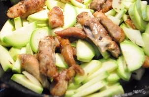 Свинина с кабачками по-китайски - фото шаг 2