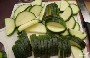 Салат с цукини - фото шаг 2