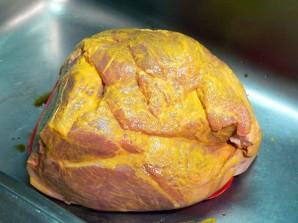 Запеченное мясо в духовке - фото шаг 5