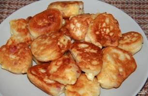 Оладьи с сыром и колбасой - фото шаг 4