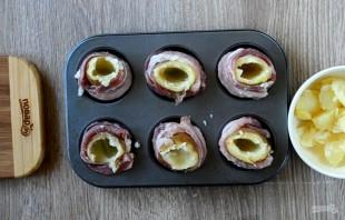"""Картофельная """"бомба"""" с сыром и беконом - фото шаг 3"""