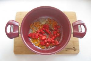 Скумбрия в томате с овощами - фото шаг 5