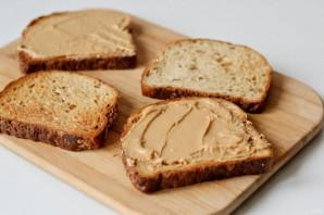 Сэндвич с арахисовым маслом и джемом - фото шаг 3