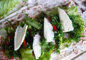 Закусочный рулет из лаваша - фото шаг 5