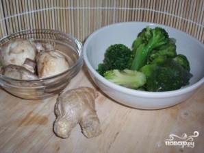Брокколи с грибами - фото шаг 1