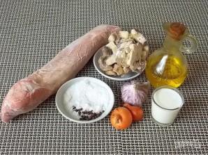 Свиная вырезка по-французски - фото шаг 1
