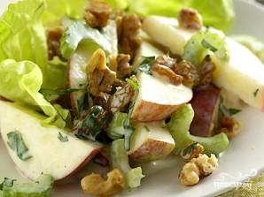 Салат с яблоком и сыром - фото шаг 7