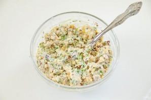 Салат с баклажанами и грецкими орехами - фото шаг 5