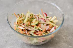 Салат из кольраби и редиса - фото шаг 6