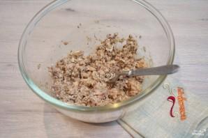 Рыбный салат из консервов - фото шаг 2