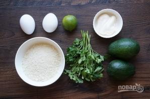 Авокадо в панировке - фото шаг 1