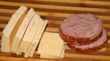 Блинчики с копченой колбасой - фото шаг 5