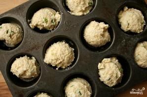 Маффины с зеленым луком и козьим сыром - фото шаг 2