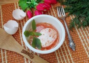 Яичница по-турецки с йогуртом - фото шаг 8