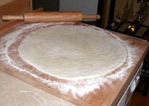 Пицца с беконом - фото шаг 3
