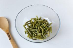 Салат из стручковой фасоли с колбасой - фото шаг 4
