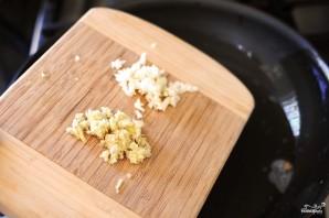 Яйца с помидорами - фото шаг 4