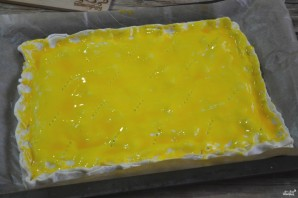 Пирог с малиной из слоеного теста - фото шаг 3