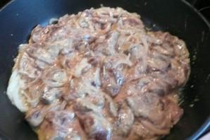 Печень говяжья на сковороде - фото шаг 5