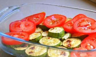 Запеканка из кабачков с помидорами - фото шаг 6