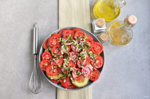 Салат из кабачков и помидоров - фото шаг 10