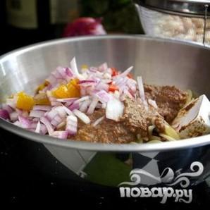 Салат с вялеными помидорами и пастой - фото шаг 5