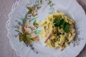 Паппарделле с ветчиной, сыром и зеленым горошком - фото шаг 6