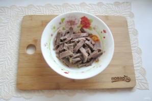 Салат с языком и морковью - фото шаг 11