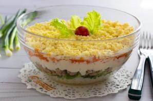Слоеный салат с печенью трески - фото шаг 8