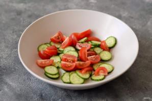 Салат с маринованной редиской - фото шаг 4