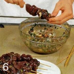 Шашлычки из говяжьей печенки - фото шаг 6