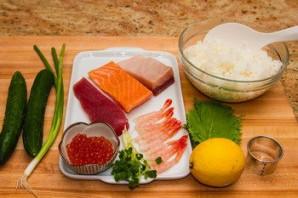 Суши с огурцом - фото шаг 1