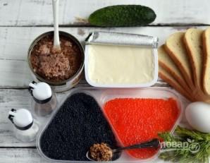 Бутерброды с тунцом и икрой - фото шаг 1