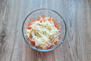 Салат из репы и яблока - фото шаг 5