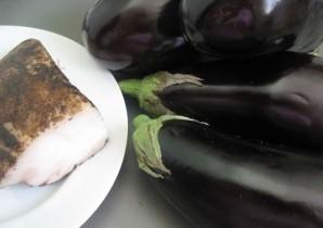 Баклажаны с салом на мангале - фото шаг 1
