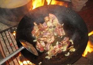 Бараньи ребрышки с картошкой тушеные   - фото шаг 5
