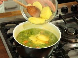 Овощной суп с йогуртом - фото шаг 3