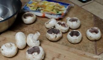 Закуска в грибных шляпках - фото шаг 1