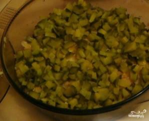 Салат с печенью и солеными огурцами - фото шаг 3