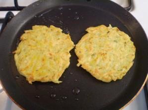 Оладьи из тыквы с картофелем - фото шаг 8