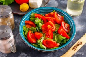 Салат с помидорами и сыром - фото шаг 3